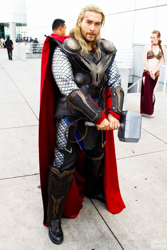 Best-Male-Cosplay-006-MCU-Thor.jpg  sc 1 st  Comics And Memes & 10 Great Male Cosplay Costumes u2013 Comics And Memes